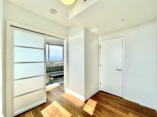 """Photo 9: 2102 8555 GRANVILLE Street in Vancouver: S.W. Marine Condo for sale in """"Granville @ 70TH"""" (Vancouver West)  : MLS®# R2543146"""