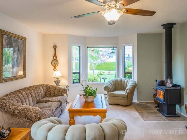 Photo 10: Photos: 1306 BOULTBEE DRIVE in FRENCH CREEK: Z5 French Creek House for sale (Zone 5 - Parksville/Qualicum)  : MLS®# 433102