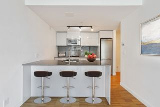 """Photo 8: 2705 128 W CORDOVA Street in Vancouver: Downtown VW Condo for sale in """"Woodwards"""" (Vancouver West)  : MLS®# R2616556"""