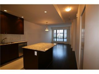 """Photo 4: 10 130 BREW Street in Port Moody: Port Moody Centre Townhouse for sale in """"SUTTER BROOK-CITY HOMES"""" : MLS®# V927252"""