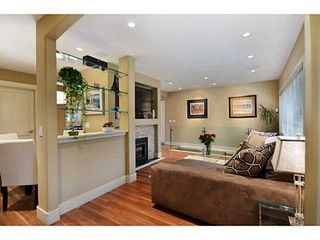 Photo 2: 125 W KINGS Road in North Vancouver: Upper Lonsdale House for sale : MLS®# V992772