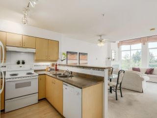 "Photo 15: 411 522 SMITH Avenue in Coquitlam: Coquitlam West Condo for sale in ""THE SEDONA"" : MLS®# R2075894"