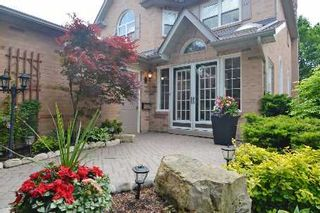 Photo 2: 21 Millbrook Gate in Markham: Buttonville House (2-Storey) for sale : MLS®# N2651835