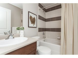 """Photo 17: 15 6036 164 Street in Surrey: Cloverdale BC Townhouse for sale in """"Arbour Village"""" (Cloverdale)  : MLS®# R2445991"""
