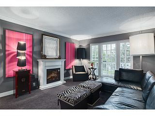 "Photo 6: 105 120 W 17TH Street in North Vancouver: Central Lonsdale Condo for sale in ""THE OLD COLONOY"" : MLS®# V1041437"