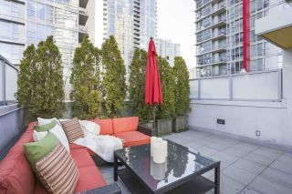 """Photo 18: 112 DUNSMUIR Street in Vancouver: Downtown VW Townhouse for sale in """"Spectrum 4"""" (Vancouver West)  : MLS®# R2437895"""