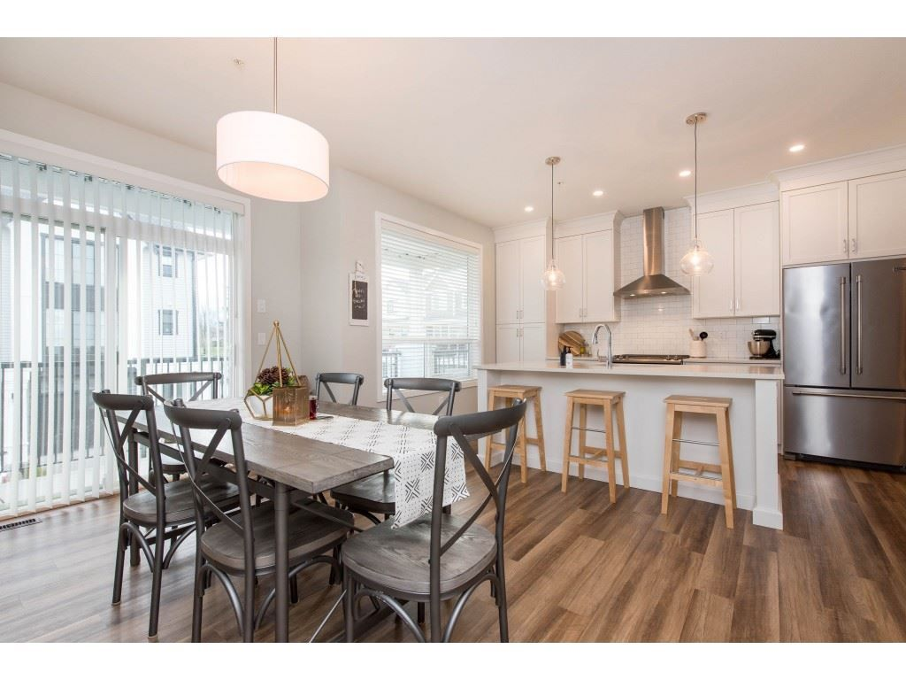 """Photo 13: Photos: 5488 DRIFTWOOD Street in Chilliwack: Vedder S Watson-Promontory Condo for sale in """"WEBSTER CROSSING"""" (Sardis)  : MLS®# R2527096"""