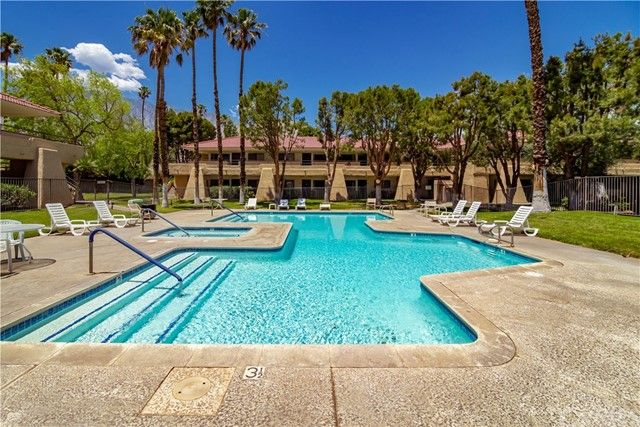 Main Photo: Condo for sale : 1 bedrooms : 701 N Los Felices Circle #213 in Palm Springs