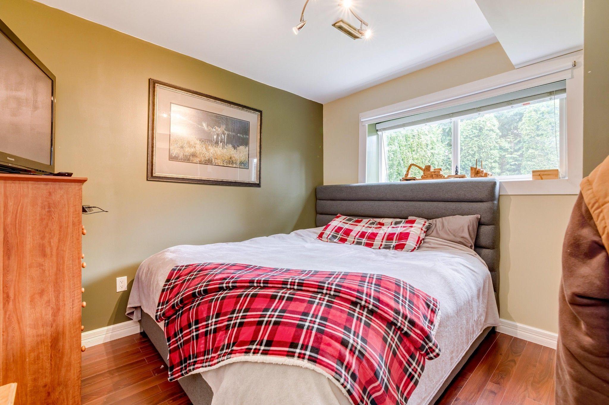 Photo 17: Photos:  in : Southwest Maple Ridge House for sale (Maple Ridge)  : MLS®# R2455980