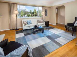 Photo 4: 1153 Heald Ave in : Es Saxe Point House for sale (Esquimalt)  : MLS®# 856869