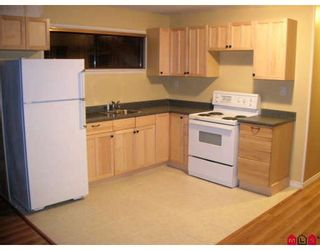 """Photo 9: 16170 SPRINGSIDE Court in Surrey: Fraser Heights House for sale in """"Fraser Glen"""" (North Surrey)  : MLS®# F2801624"""