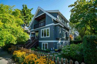 Photo 1: 2180 TRUTCH Street in Vancouver: Kitsilano House for sale (Vancouver West)  : MLS®# R2492330
