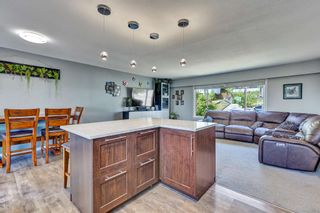 Photo 5: 33298 ROSE Avenue in Mission: Mission BC House for sale : MLS®# R2599616