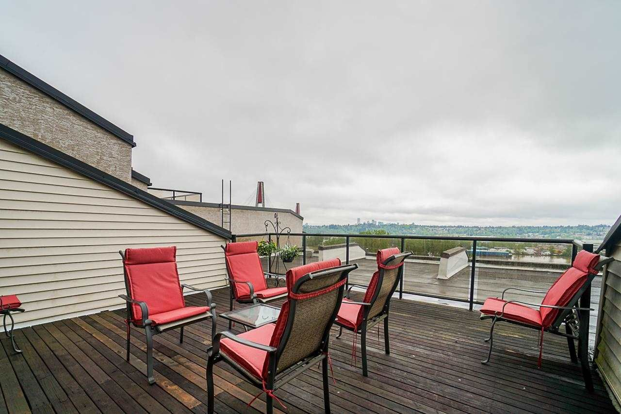 """Main Photo: 302 312 CARNARVON Street in New Westminster: Downtown NW Condo for sale in """"Carnarvon Terrace"""" : MLS®# R2575283"""