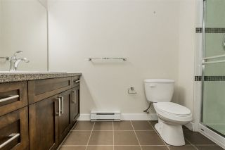 "Photo 14: 302 33898 PINE Street in Abbotsford: Central Abbotsford Condo for sale in ""Gallantree"" : MLS®# R2381999"