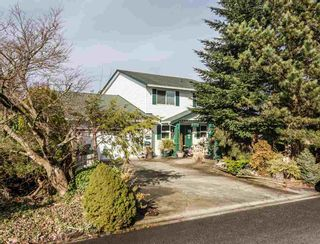 Photo 1: 12449 MEADOW BROOK Place in Maple Ridge: Northwest Maple Ridge House for sale : MLS®# R2547161