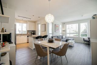 """Photo 4: 304 717 CHESTERFIELD Avenue in North Vancouver: Central Lonsdale Condo for sale in """"The Residences at Queen Mary by Polygon"""" : MLS®# R2478604"""