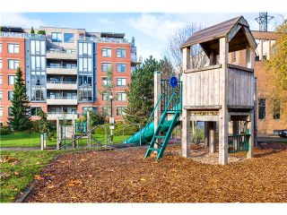 Photo 18: 201 2655 Cranberry Dr in : Kitsilano Condo for sale (Vancouver West)  : MLS®# V1036126