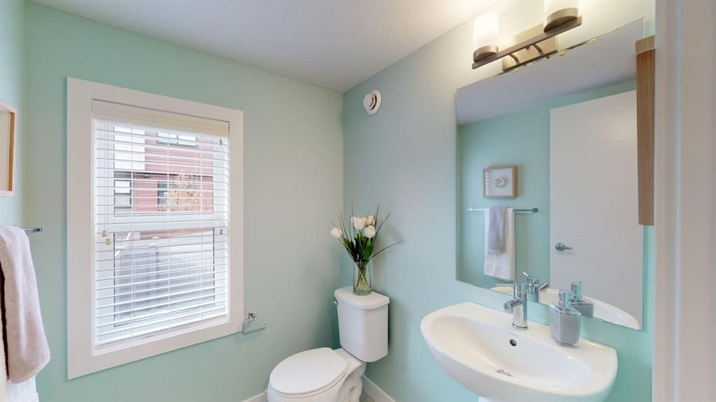 Photo 5: Photos: 122 Sage Meadows Garden NW in Calgary: Sage Hill Row/Townhouse for sale : MLS®# A1072303