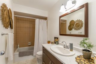 """Photo 13: 879 CUNNINGHAM Lane in Port Moody: North Shore Pt Moody Townhouse for sale in """"Woodside Village"""" : MLS®# R2604426"""