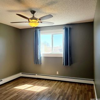 Photo 4: 301 802B Kingsmere Boulevard in Saskatoon: Lakeview SA Residential for sale : MLS®# SK869654
