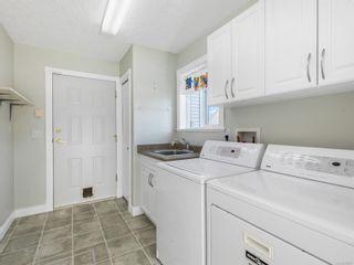 Photo 34: 690 Moralee Dr in Comox: CV Comox (Town of) House for sale (Comox Valley)  : MLS®# 866057