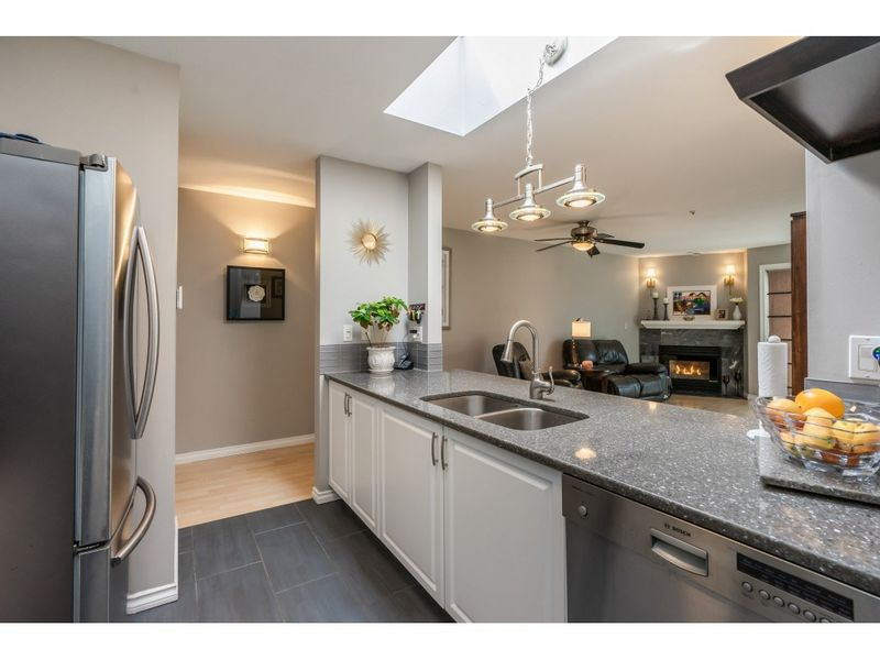 FEATURED LISTING: 407 - 20277 53 Langley