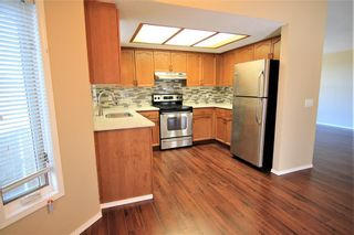 Photo 3: 2863 Catalina Boulevard NE in Calgary: Monterey Park Detached for sale : MLS®# A1075409