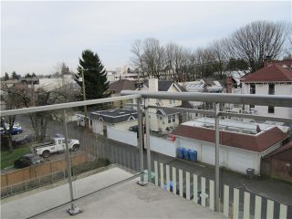 """Photo 14: 404 1088 W 14TH Avenue in Vancouver: Fairview VW Condo for sale in """"COCO"""" (Vancouver West)  : MLS®# V1044068"""