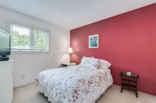"Photo 23: 1993 CEDAR VILLAGE Crescent in North Vancouver: Westlynn Townhouse for sale in ""The Bayberry"" : MLS®# R2460567"