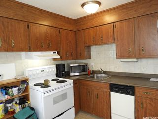 Photo 2: 1321 W Avenue North in Saskatoon: Westview Heights Residential for sale : MLS®# SK850379