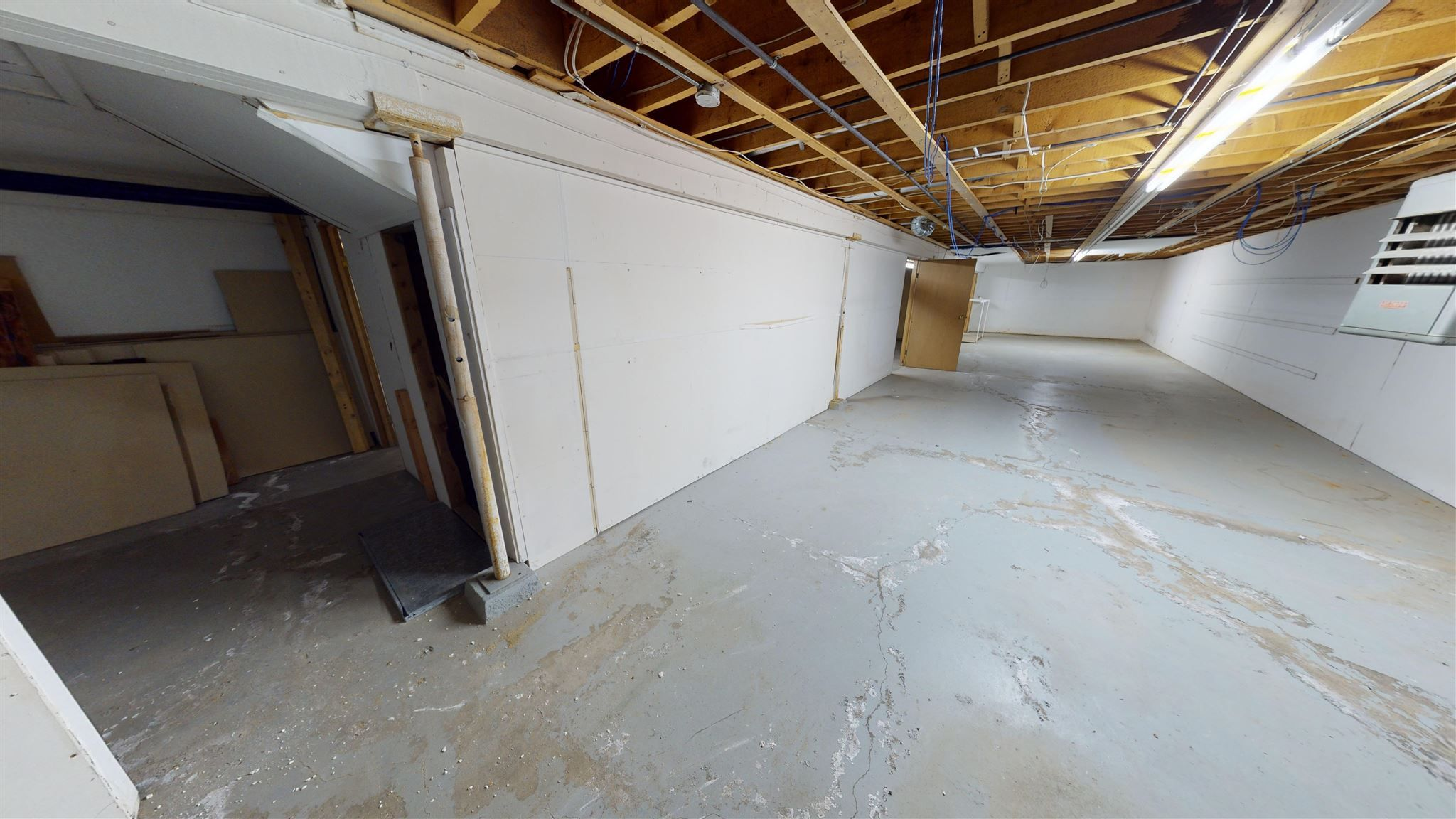 Photo 33: Photos: 10067 100 Avenue in Fort St. John: Fort St. John - City NW Office for sale (Fort St. John (Zone 60))  : MLS®# C8039097