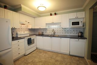 "Photo 6: 310 20453 53 Avenue in Langley: Langley City Condo for sale in ""Countryside Estates"" : MLS®# R2178947"