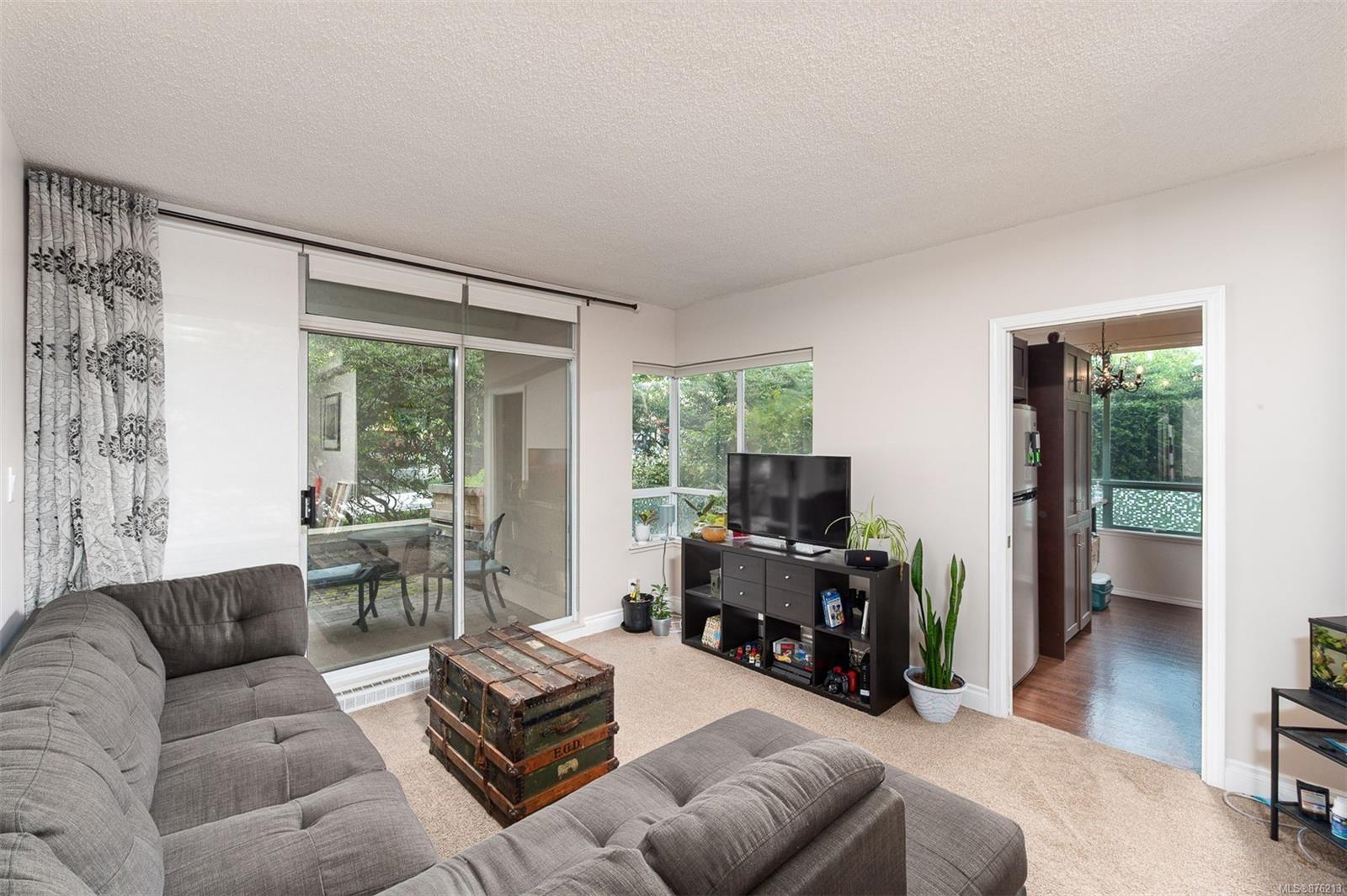 Main Photo: 203 1010 View St in : Vi Downtown Condo for sale (Victoria)  : MLS®# 876213