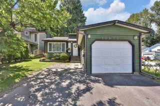 """Photo 1: 10133 147A Street in Surrey: Guildford House for sale in """"GREEN TIMBERS"""" (North Surrey)  : MLS®# R2591161"""