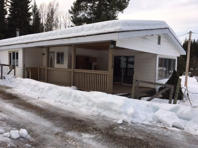 "Photo 2: Photos: 1178 OMEGA Road in Quesnel: Quesnel - Rural North Manufactured Home for sale in ""SCHEMENAUER SUB."" (Quesnel (Zone 28))  : MLS®# R2432778"