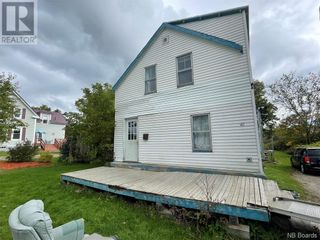 Photo 1: 40 Spring Street in Milltown: House for sale : MLS®# NB064138