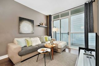Photo 8: 80 Absolute Ave Unit #2708 in Mississauga: City Centre Condo for sale : MLS®# W5001691