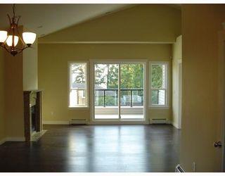 Photo 5: 1015B THOMAS Avenue in Coquitlam: Maillardville 1/2 Duplex for sale : MLS®# V683259