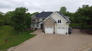 Photo 1: 21 Victory Bay in Grunthal: R16 Residential for sale : MLS®# 202013081