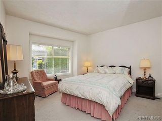 Photo 11: 18 4300 Stoneywood Lane in VICTORIA: SE Broadmead Row/Townhouse for sale (Saanich East)  : MLS®# 610675