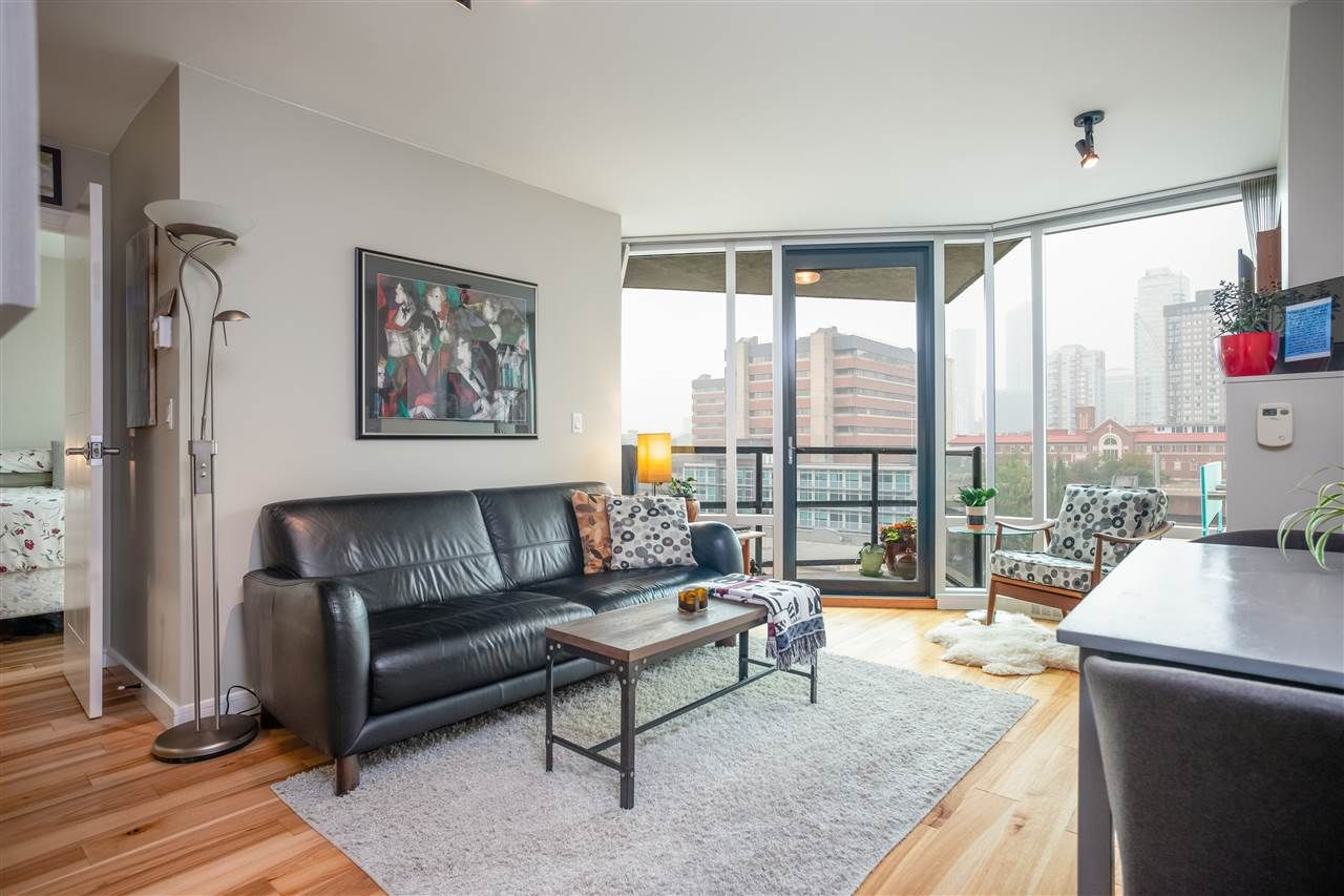 """Main Photo: 901 1003 BURNABY Street in Vancouver: West End VW Condo for sale in """"Milano"""" (Vancouver West)  : MLS®# R2498436"""