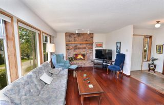 Photo 4: 3301 Argyle Pl in : SE Camosun House for sale (Saanich East)  : MLS®# 873581