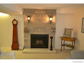 Photo 10: 2408 Irvine Avenue in Saskatoon: Nutana Park Single Family Dwelling for sale (Saskatoon Area 02)  : MLS®# 565482