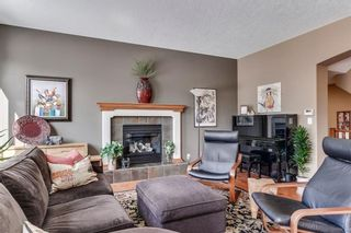 Photo 16: 90 STRATHLEA Crescent SW in Calgary: Strathcona Park Detached for sale : MLS®# C4289258