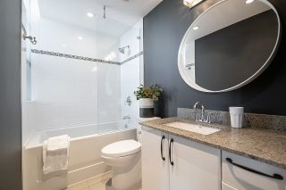 """Photo 18: 1103 88 W 1ST Avenue in Vancouver: False Creek Condo for sale in """"THE ONE"""" (Vancouver West)  : MLS®# R2624687"""