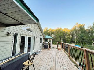 Photo 4: 30105 ZORA Road N in Cooks Creek: House for sale : MLS®# 202119548