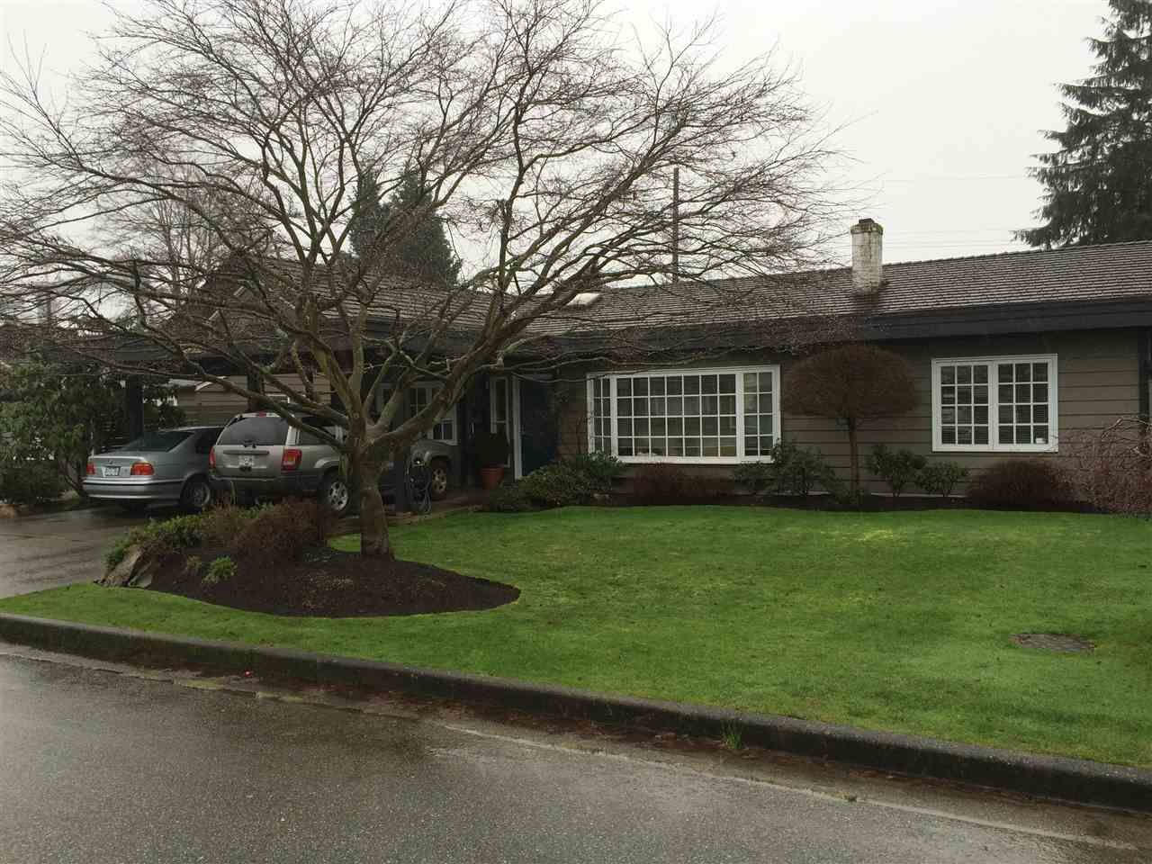 """Main Photo: 1271 PINEWOOD Crescent in North Vancouver: Norgate House for sale in """"Norgate"""" : MLS®# R2034818"""