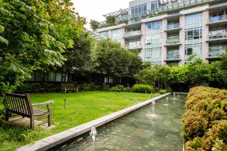 "Photo 26: 408 1633 ONTARIO Street in Vancouver: False Creek Condo for sale in ""KAYAK-Village on The Creek"" (Vancouver West)  : MLS®# R2471926"