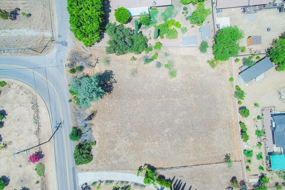 Main Photo: FALLBROOK Property for sale: 0000 Calavo Rd
